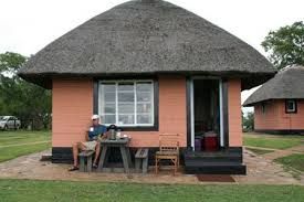 7 bed chalets mpila