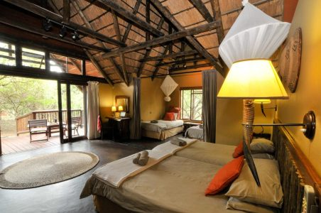 hluhluwe game park accommodation